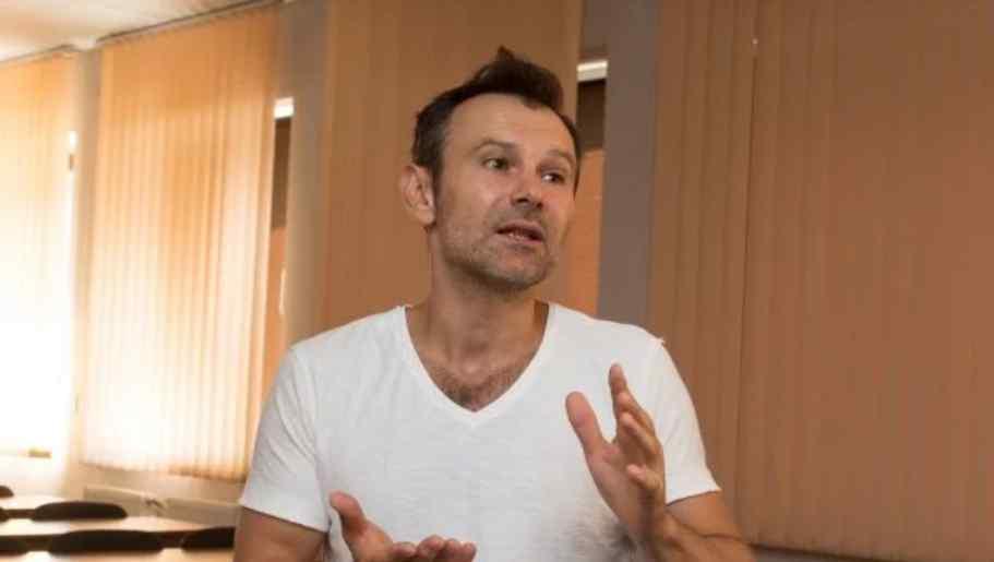 Вакарчук терміново звернувся до Зеленського і Порошенка через дебати: потужна заява