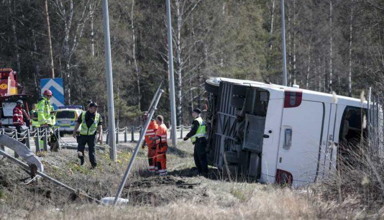 У центральній Швеції перекинувся автобус з туристами, є постраждалі