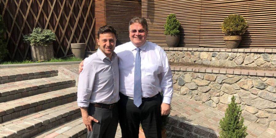 Привітав з перемогю: Литовський міністр МЗС Лінкявічюс зустрівся із Зеленським і підтвердив підтримку України Литвою