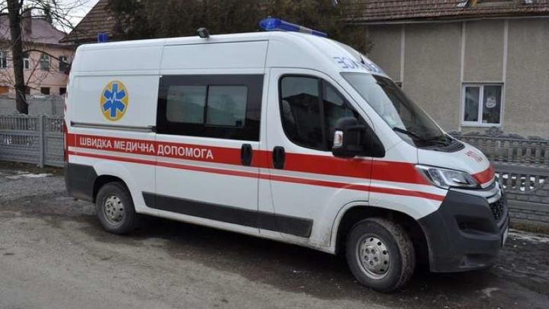 Трагедія у Київській школі: бетон впав дитині прямо на голову
