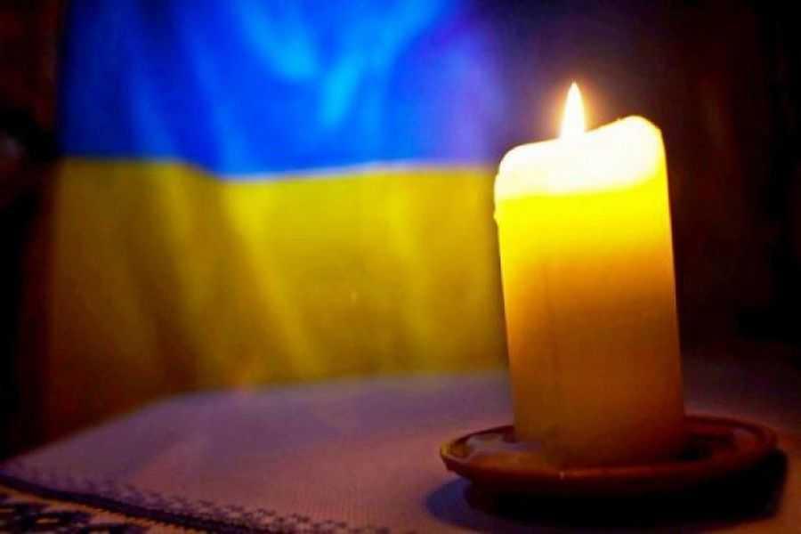 Лікарі боролися за його життя понад добу: На Донбасі загинув поранений під час обстрілу морпіх