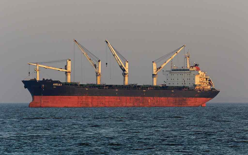 Українські моряки з затриманого в Єгипті танкера повертаються: подробиці захвату