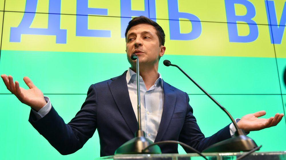 У Зеленського виступили з терміновою заявою. Новий міністр оборони!