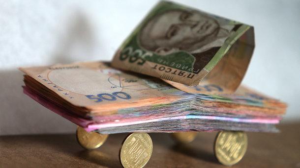 Понад 10 тисяч гривень: В Україні знову зросла середня зарплата