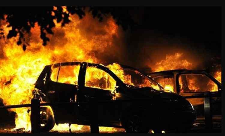 """""""Не помітили зникнення дитини"""": 2-річна дівчинка заживо згоріла у машині батька"""