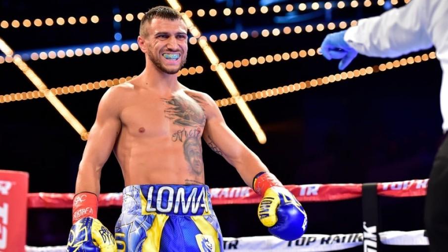 Українця Ломаченка визнано найкращим боксером світу незалежно від вагових категорій