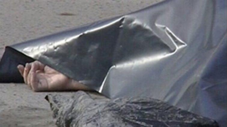 Моторошна знахідка під Донецьком: у дворі будинку виявили труп в мішку