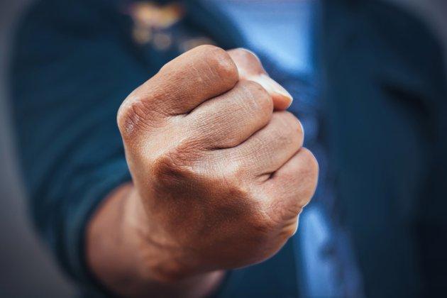Озвірілий від злості водій жорстоко побив жінку в Запоріжжі