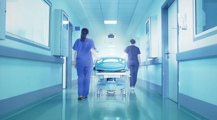 Впливового чиновника екстренно госпіталізували з підозрою на інфаркт