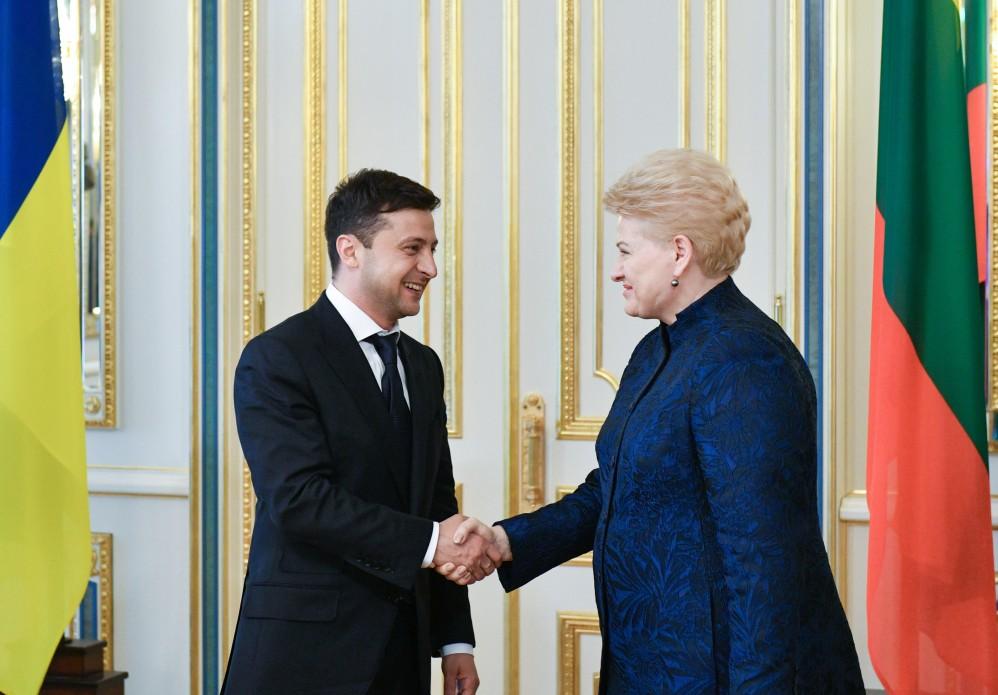 """""""Нарешті розчавити!"""": Даля Грібаускайте вразила президента Зеленського заявою під час їхньої зустрічі"""