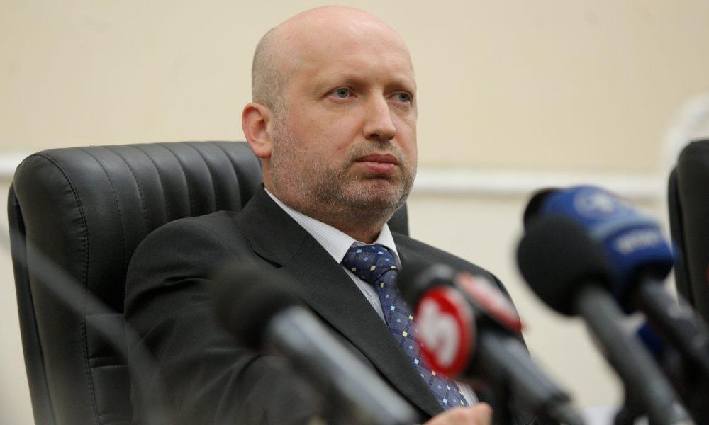 Турчинов зробив щире зверенення до нової каманди в РНБО: неочікувані слова