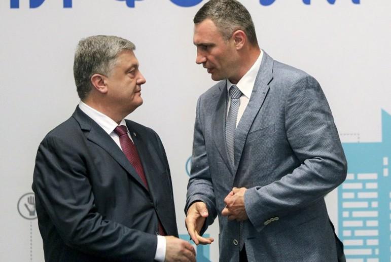 """""""За наші з вами гроші"""": Порошенко потрапив у гучний скандал через закупівлі в Росії. Замішаний Кличко"""