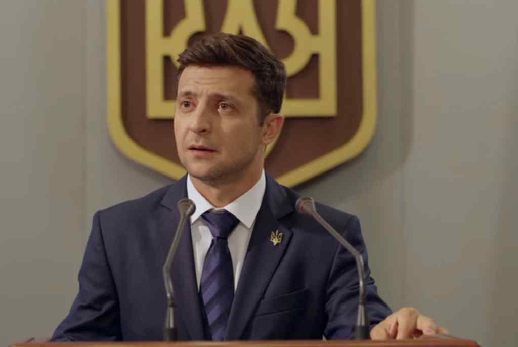 Визнали винним: Зеленського покарали у суді за порушення на виборах