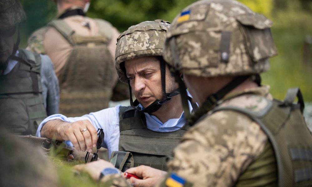Ухилення Зеленського від армії: з'явився документ, який пояснює все: не дезертир