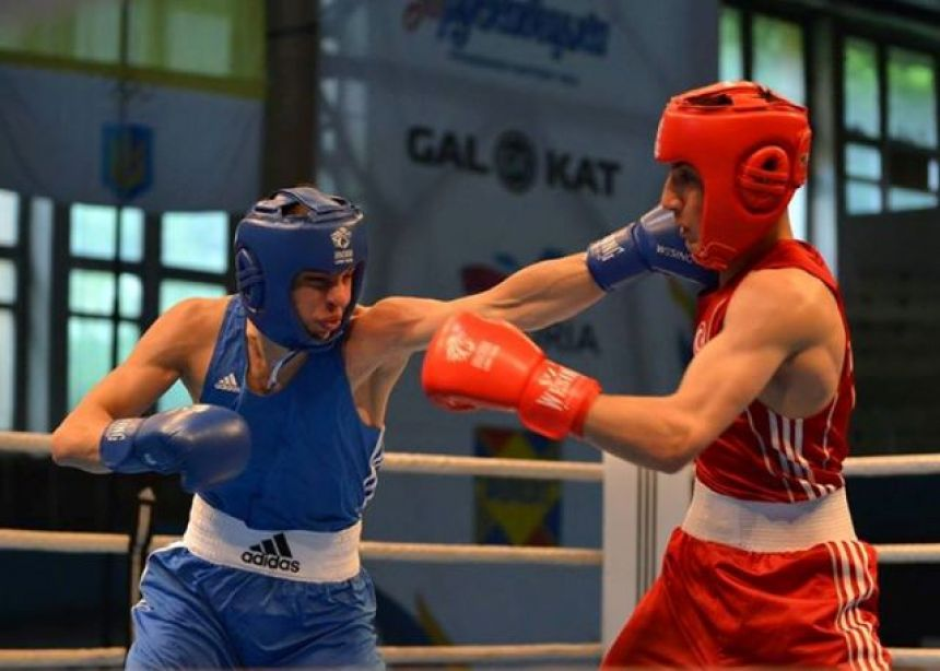 Попереду – Росія та Болгарія: українські спортсмени вибороли 2 золоті нагороди з боксу