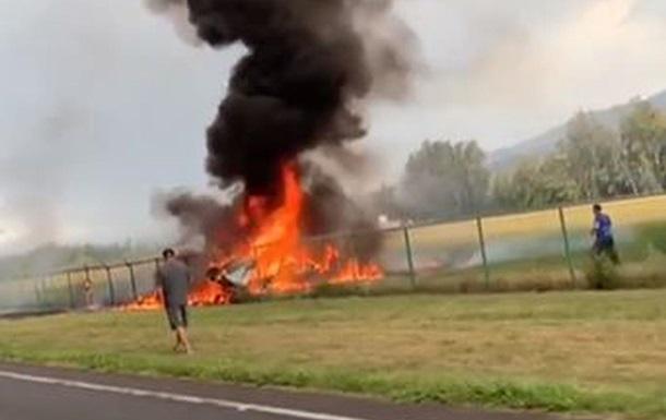Після аварії почалася пожежа: Розбився пасажирський літак, ніхто не вижив
