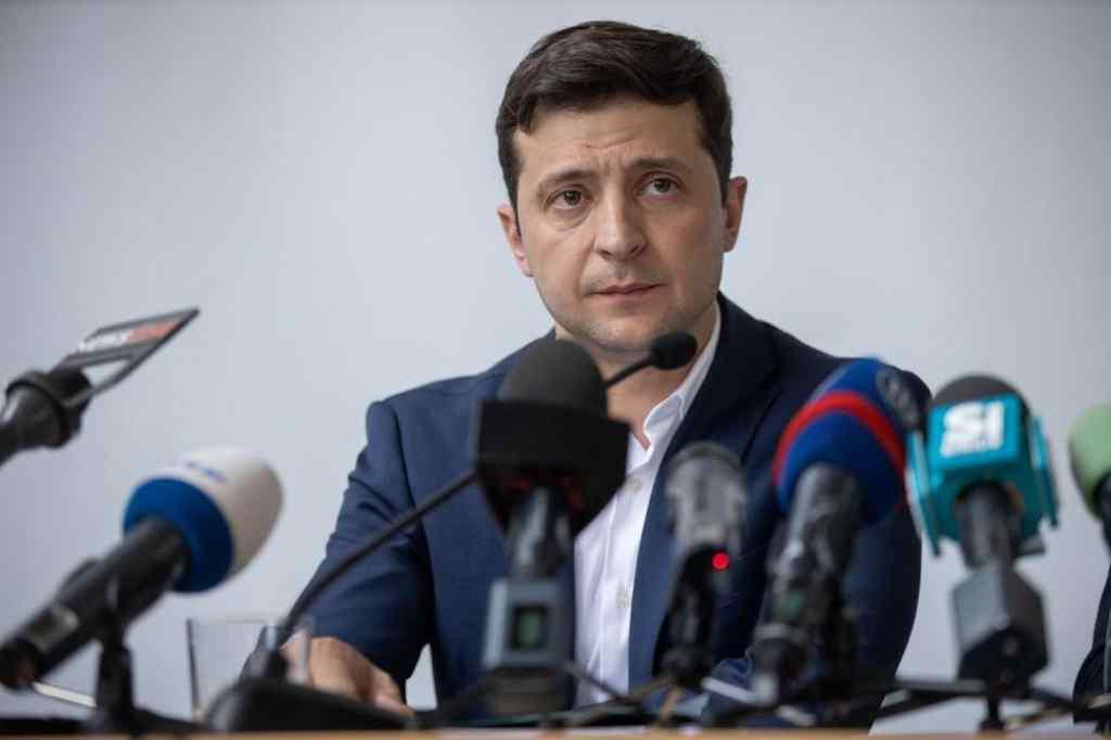 """""""Не бачу великої проблеми"""": Зеленський зробив гучну заяву про статус мови на Донбасі"""