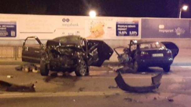 Не поділили дорогу між собою: в Харкові два водія зустрілися лоб-в-лоб, загинули на місці