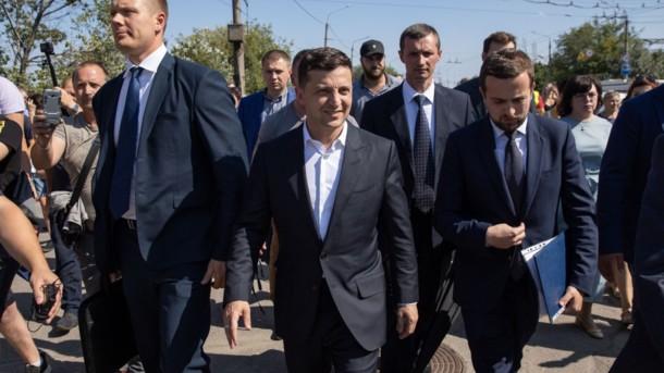І знову розбір польотів: Зеленський дав меру Запоріжжя три місяці на вирішення проблем. Зробити терміново!