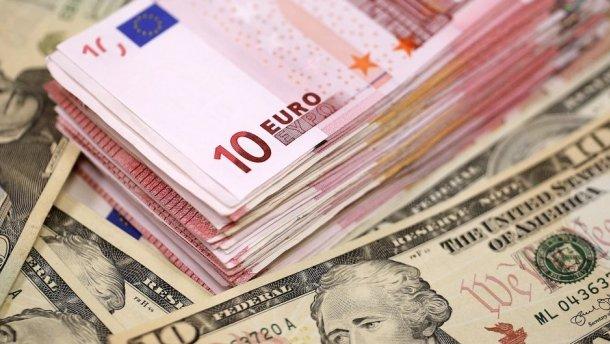 Офіційний курс валют на 16 липня: гривня продовжує зміцнюватися. Чого чекати далі?