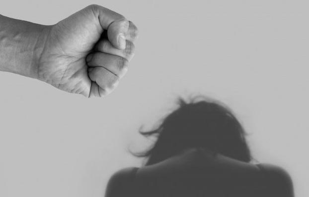 Ґвалтівник хворіє на ВІЧ: Жахливий злочин сколихнув Україну