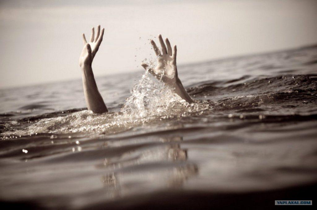 А дитину не вдалося врятувати: на Буковині під час купання загинув маленький хлопчик