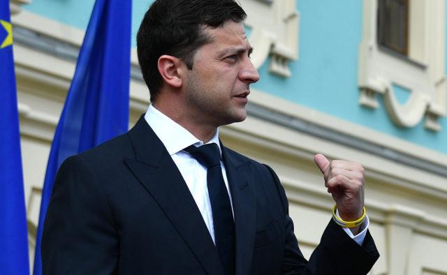 Зеленський дав прочуханки «слугам народу», секретну розмову злили: «Буде жорстко»