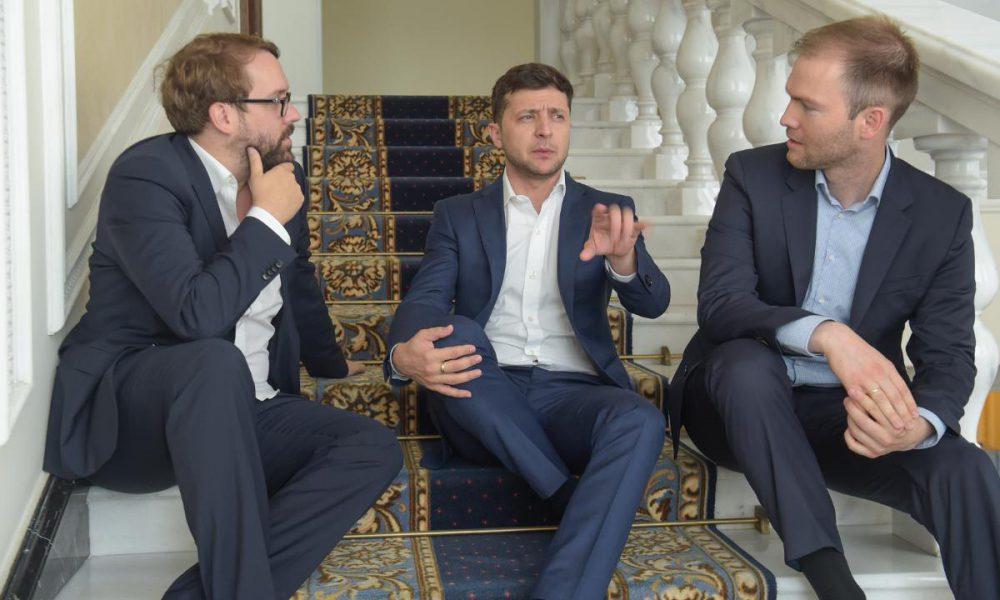 Зеленський зможе те, про що Порошенко лише говорив 5 років: пеклу на Донбасі кінець
