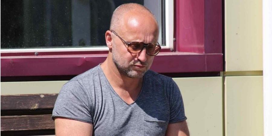 Знайшов крайніх: власник одеського готелю, де живцем згоріло 9 людей, звернувся до Зеленського