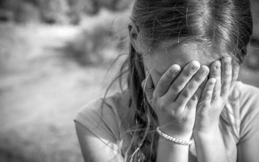 Зґвалтував 5 дівчаток: Серія злочинів від одного педофіла у Донецькій області вразила всю Україну