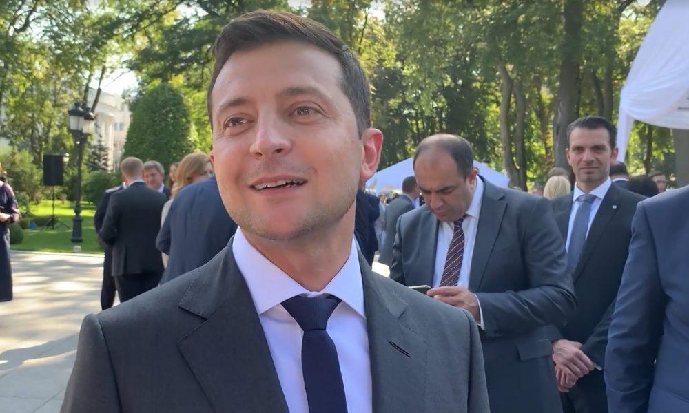 Зеленський віддасть долю України в руки народу: гарант здивував новою ініціативою