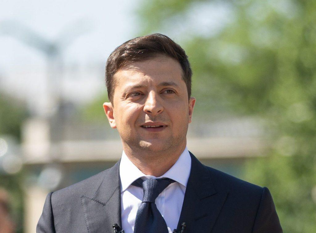 Зеленський продовжує роздавати посади: нові голови у СБУ: