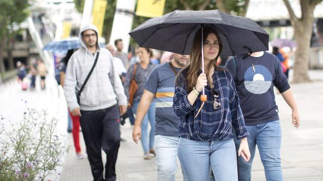 Коли саме завітає осінь і де пройдуть дощі? Прогноз погоди на тиждень в Україні