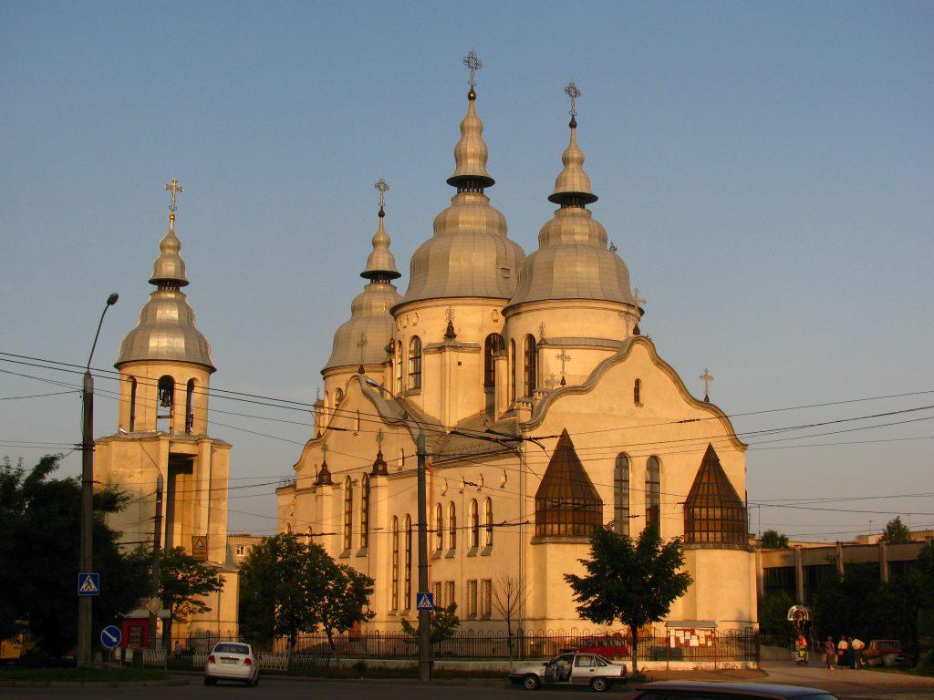 У пятницю 13-го: у львівській церкві ледь врятували дівчину від самогубства. Бажання померти у храмі Божому