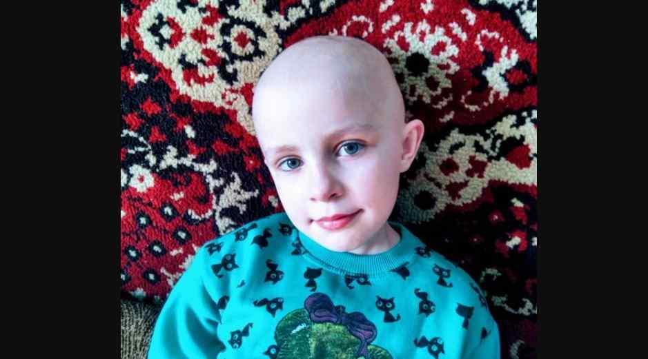 Анютка бореться з раком вже два роки, та лікування потрібно продовжувати