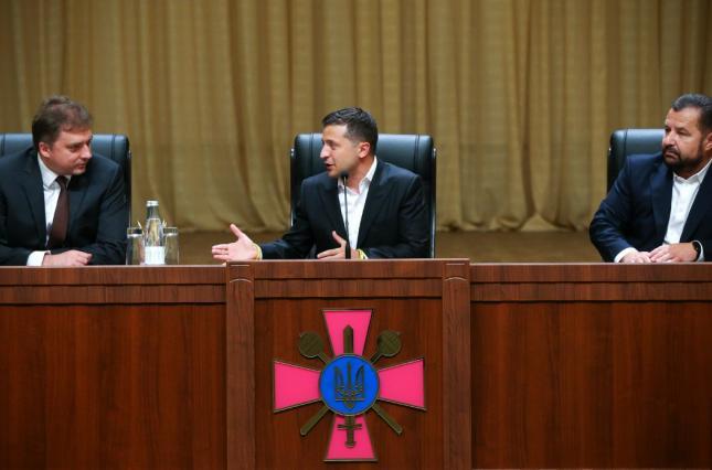 «Це вигадки!» Міністр оборони висловився про зв'язки із Зеленським і Коломойським