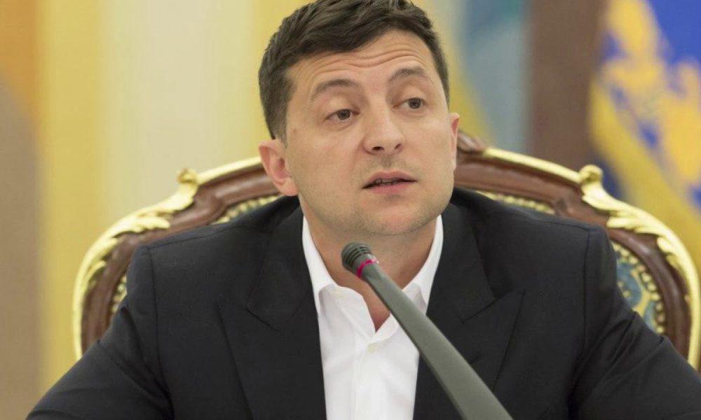 """Зеленський терміново """"викинув"""" скандального генерала Порошенка: зловживання і хабарництво"""