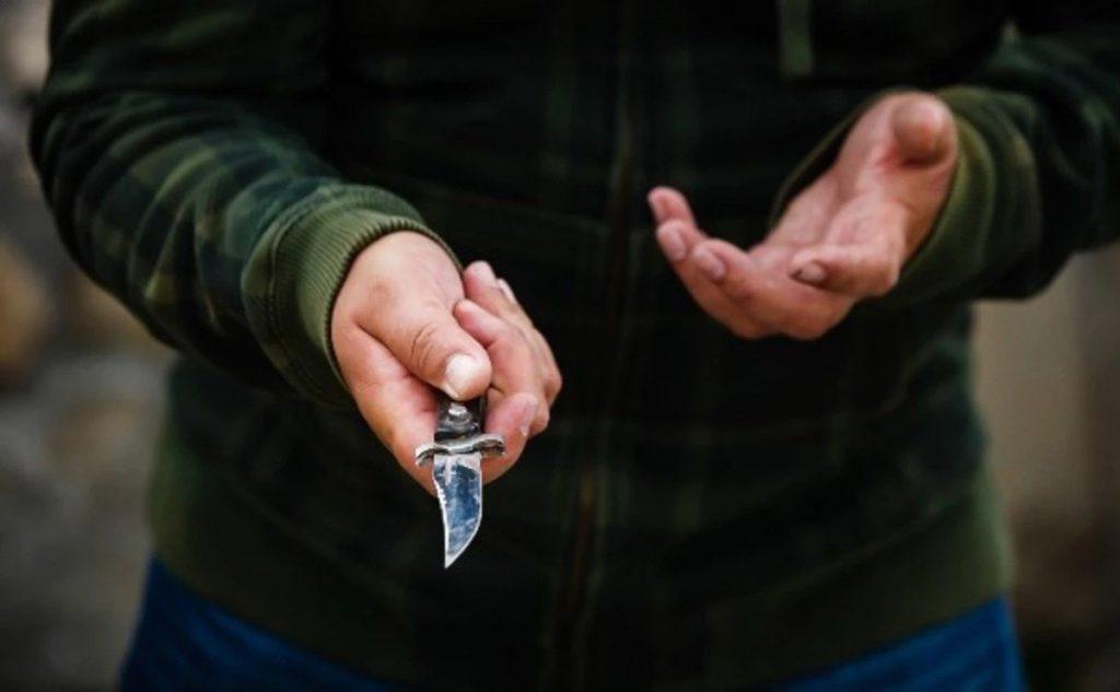 Молодий українець накинувся з ножем та намагався вбити своїх товаришів-заробітчан у Польщі