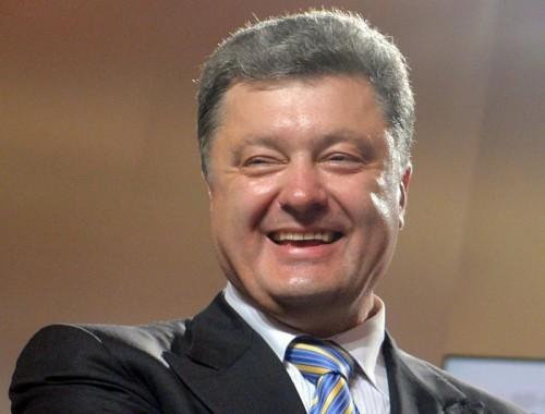 """А зустріти не приїхали. Порошенко і Геращенко """"привласнили"""" звільнення полонених. Українці обурені"""