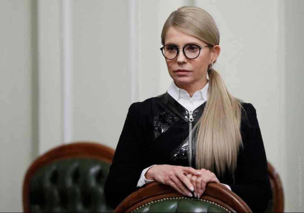 """""""Скажіть конкретно – так чи ні?"""": Тимошенко """"наїхала"""" на людину Зеленського у прямому ефірі. Зробити це публічно!"""