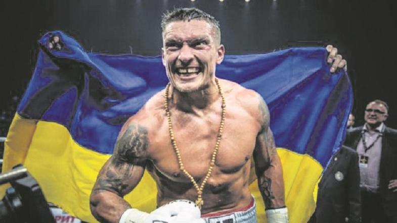 Після рингу, одразу ж подзвонив Зеленському: Усик успішно отримав перемогу у двобої з Візерспуном