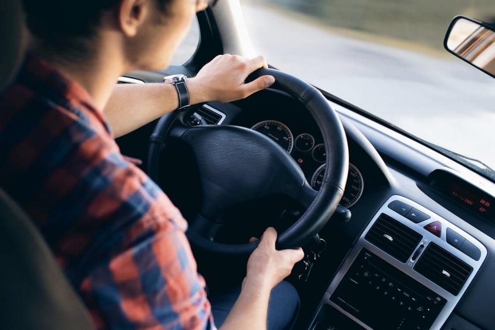 Як раніше не буде! Правила для водіїв хочуть кардинально змінити. За що тепер позбавлятимуть прав