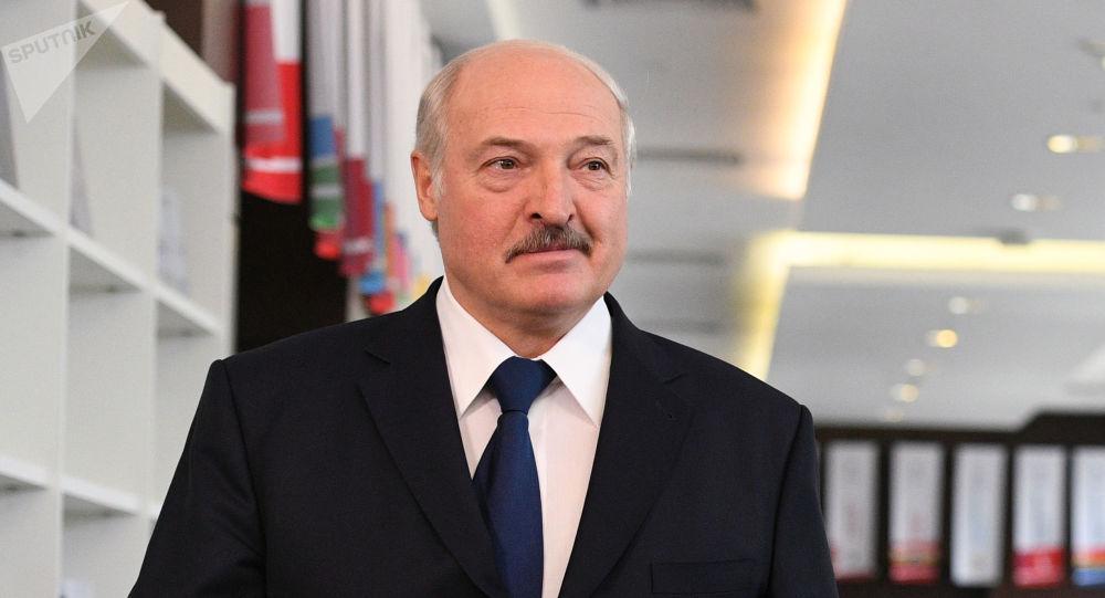 """""""Серйозно хворий і лікується в Еміратах"""": Життя Лукашенка під загрозою – ЗМІ"""