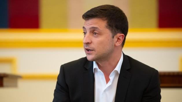 """""""Уже вдруге!"""": Зеленський знову звільнив скандального чиновника. Набридло!"""