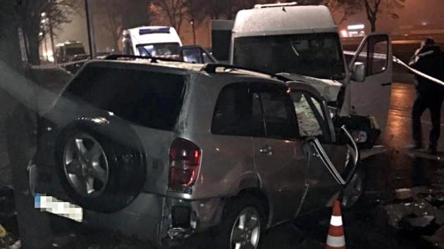 Навіть 11 швидких не врятували: моторошні подробиці масової ДТП в Києві жахають. Волосся стає дибки!