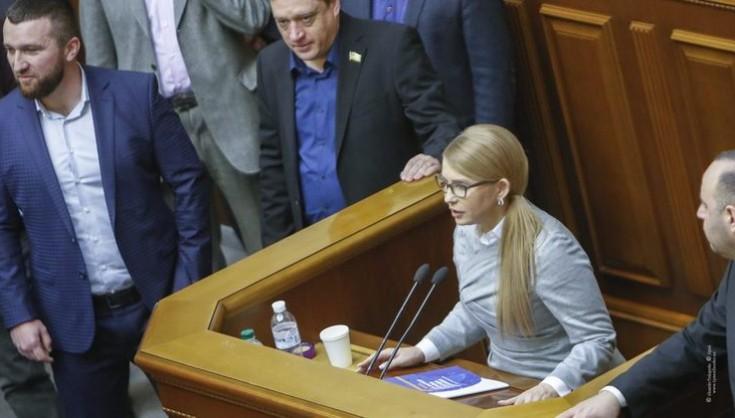 """""""Разом з косою йде в небуття"""": Відомий українець """"попустив"""" Тимошенко на землю. Черговий провал!"""