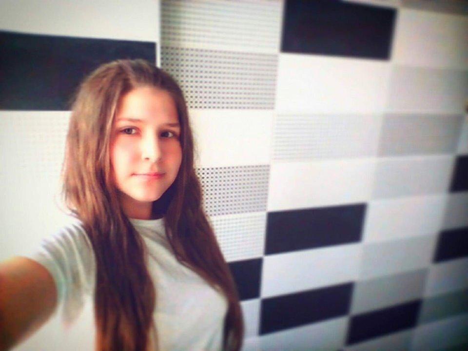 """""""Погубив нашу донечку"""": Резонансне вбивство школярки на Київщині. Нелюд тікає від покарання"""