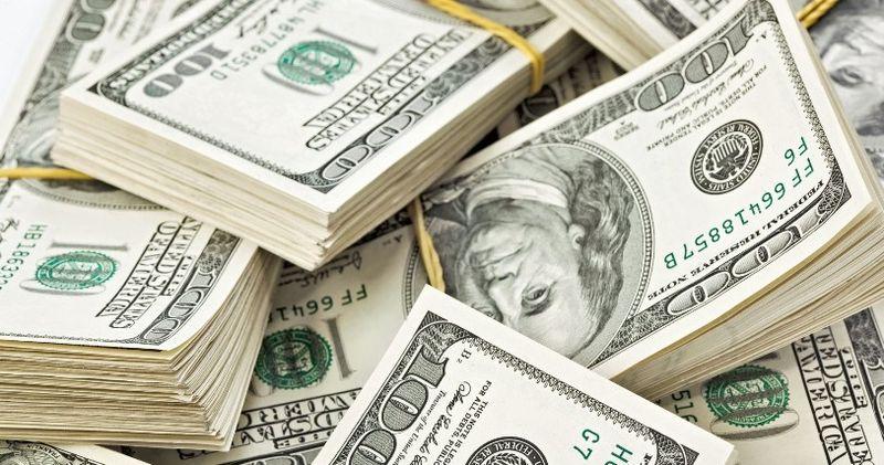 Бомбане по 50! Ціна на долар жахає прогнозами. Різкий стрибок росту і ніякого падіння