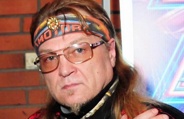 Раптово помер: Пішов з життя відомий рок-музикант. Учні не можуть прийти в себе