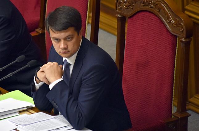 """""""Треба вирішувати!"""": Разумков зробив гучну заяву напередодні Нового року. """"Карати жорсткіше!"""""""